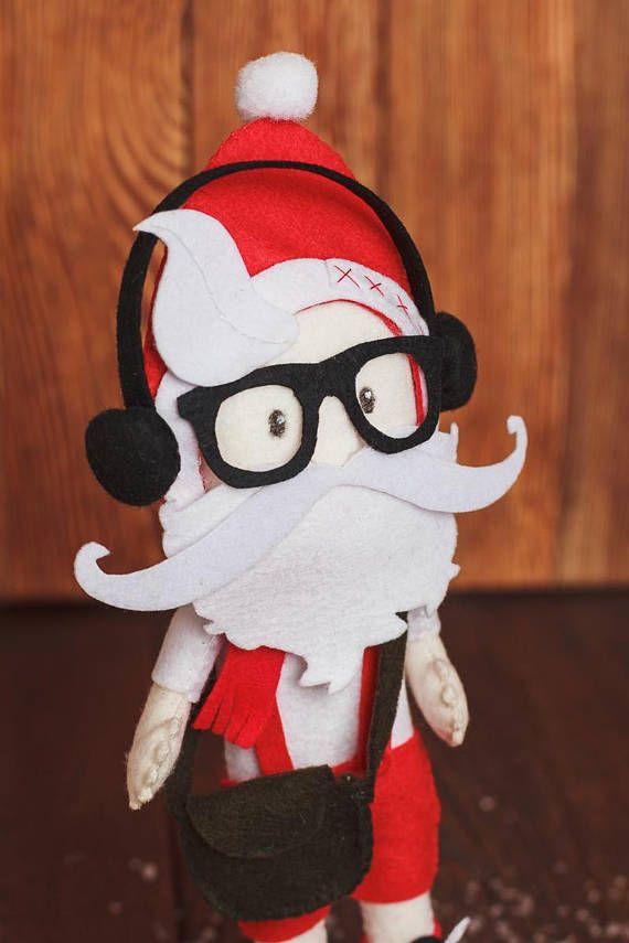 Santa hipster pattern Christmas ornaments PDF felt pattern