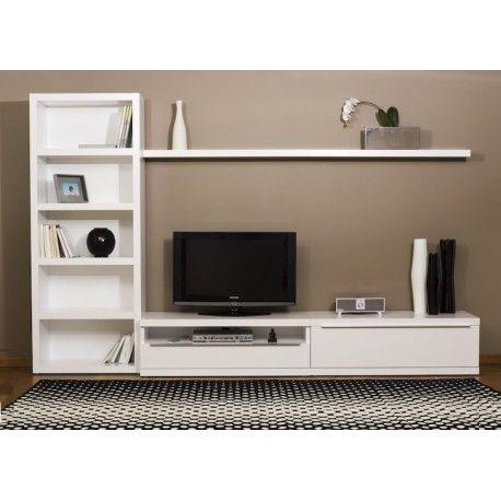 Centro de entretenimiento de TV. Incluye un mueble bajo de madera, librero y una repisa para completar tu mueble de TV. Decora tu hogar con Madera VIVA.