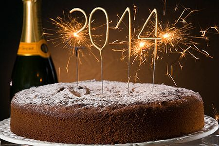 Αν δεν εμπιστευτείτε την συνταγή του Στέλιου Παρλιάρου για την βασιλόπιττα 2014 τότε ποιόν; Αφράτη και με ξανθές σταφίδες προετοιμαστείτε από τώρα με πρόβες! | eirinika.gr