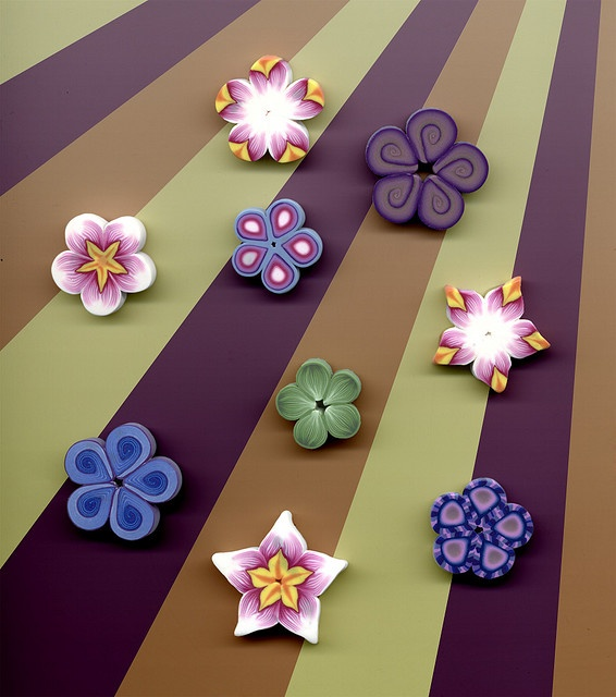 Polymer Clay, Flowers, the detail is amazing.