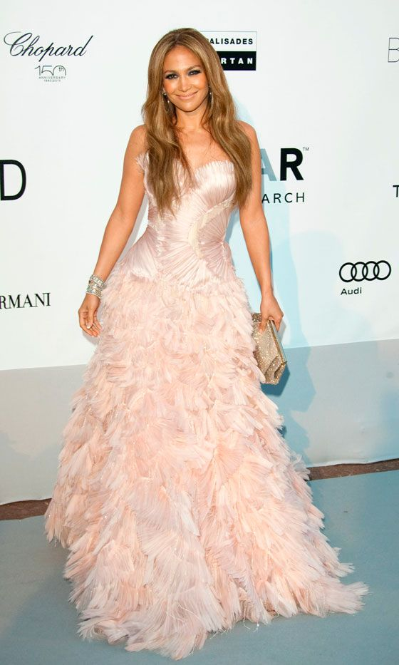 Jennifer Lopez Looks Super-Pretty In This Feathered Roberto Cavalli Dress, 2010