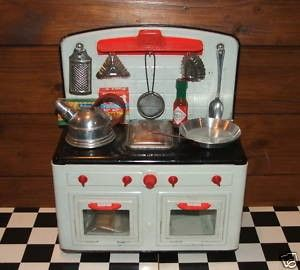 ANTIQUE GERMAN TIN TOY FUCHS KITCHEN STOVE,COOKER