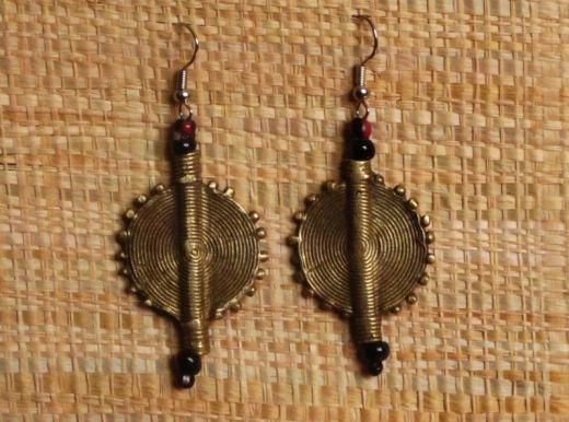 http://www.etnobazar.pl/shop/Moringa-art/products/kolczyki-etniczne-z-brazu-okragle-2