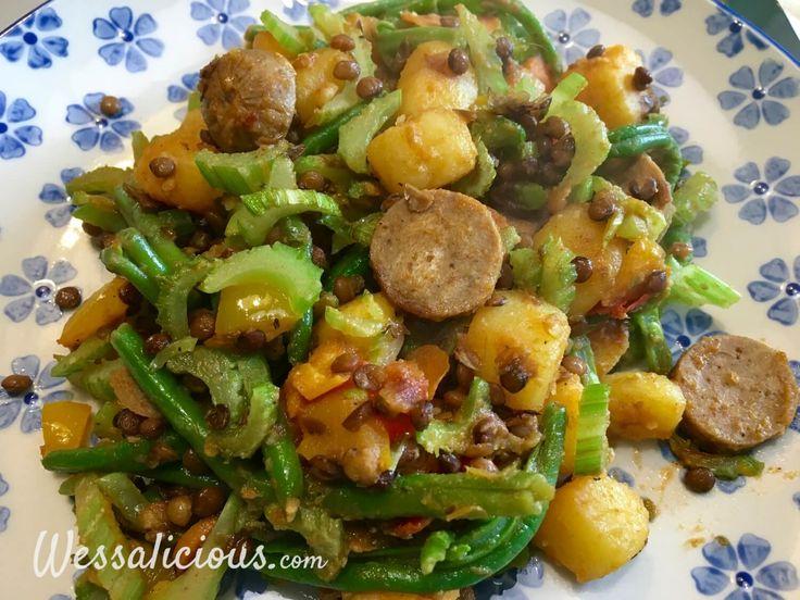 Nieuwe recept: Linzen-aardappelschotel met vegetarische worst