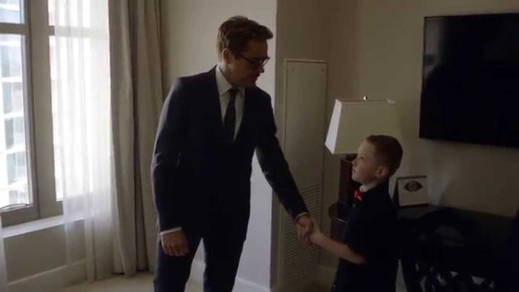 'Iron Man' Robert Downey Jr. Becomes Real-Life Hero by Delivering Bionic Arm to a Kid in Need [VIDEO] - https://magazine.dashburst.com/video/robert-downey-jr-bionic-arm-delivery/