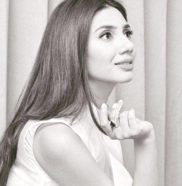 Mahira Khan #BinRoye Promotions