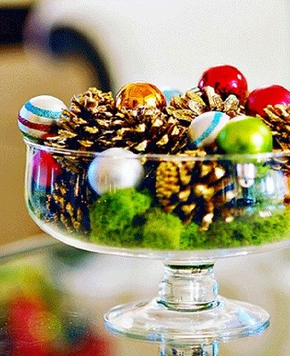 Homey Home Design: Christmas Center Piece Inspiration