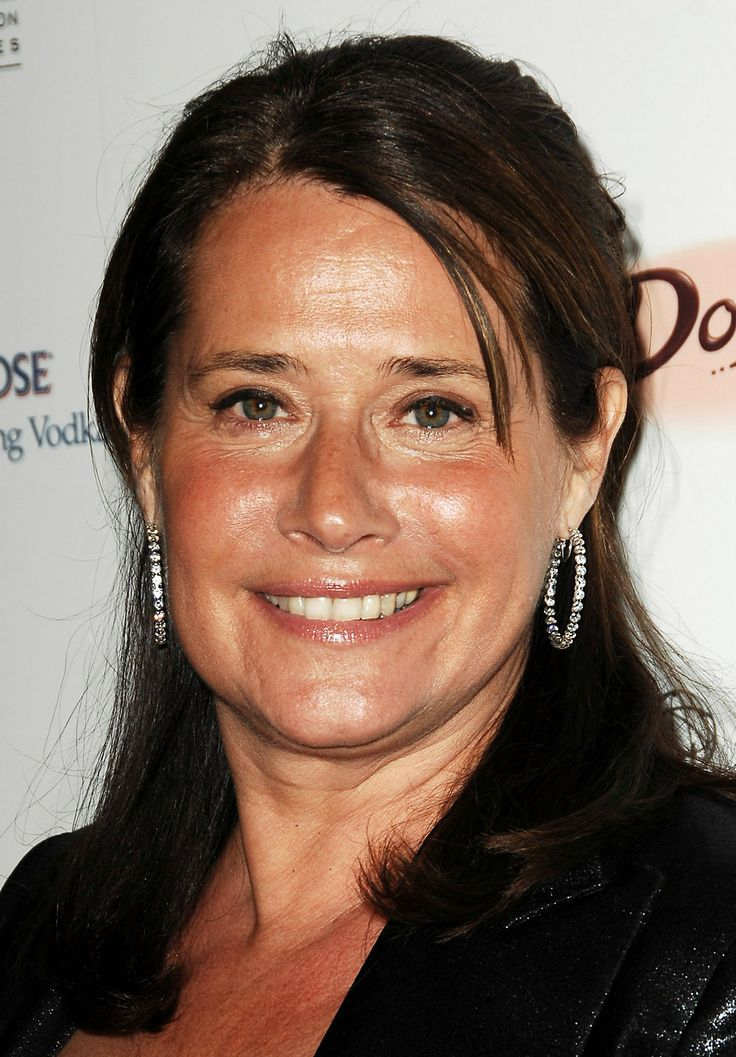 Elegantly ineffable excellence of Lorraine Bracco ...High-class Lady...