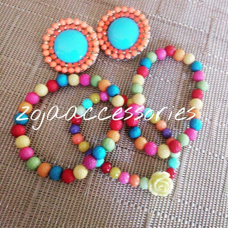 Disponibles! Info.@zojaaccessories #handmadeaccesories #jewelry #Brazalete #earrings #aretes #zojaearrings #zojastudiosantodomingo #zojaccessories #duo #instafashion #instablogger #women #mujer #moda #carribbean #colorful