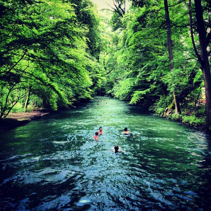 Ideal Eisbach Erlebnisbaden mitten in der Stadt m nchen guide Pinterest Mittens Rivers and Munich