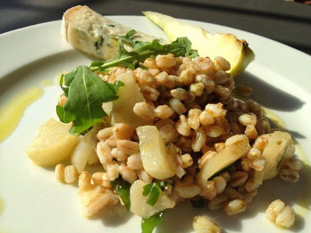 insalata di farro pere gorgonzola e rucola - italian food, love Italy
