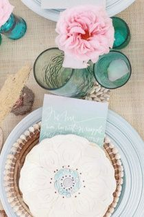 Pretty wedding table place setting