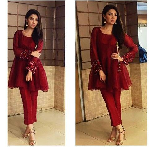 "Pakistani actor Mahira Khan, in a modern angrakha by Feeha Jamshed, promoting her upcoming film ""Ho Mann Jahan""."