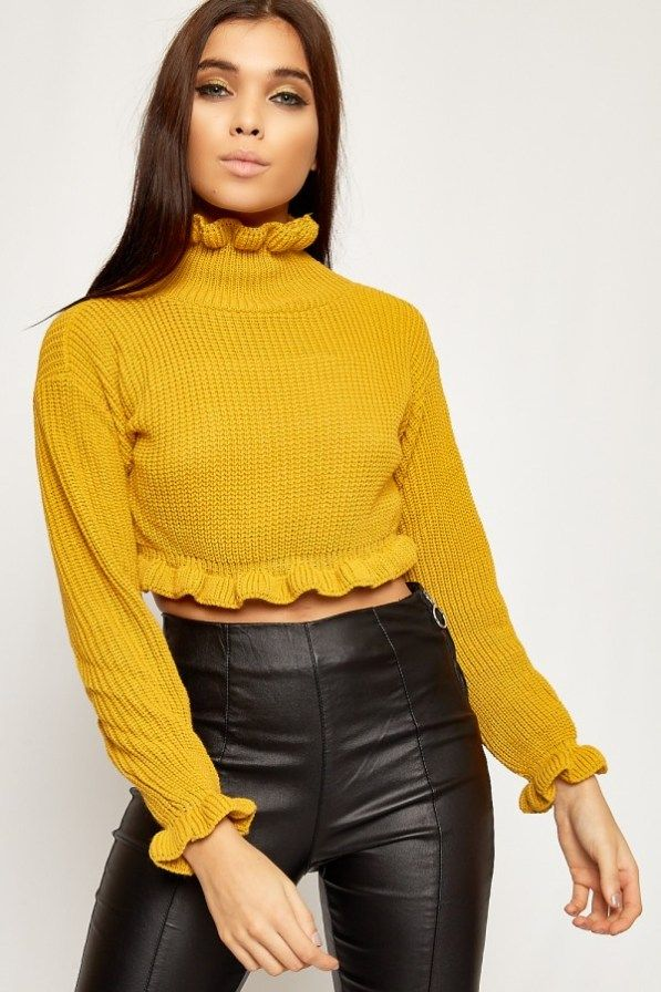 67403834786dbe This top works perfectly for crop top sweater outfits!