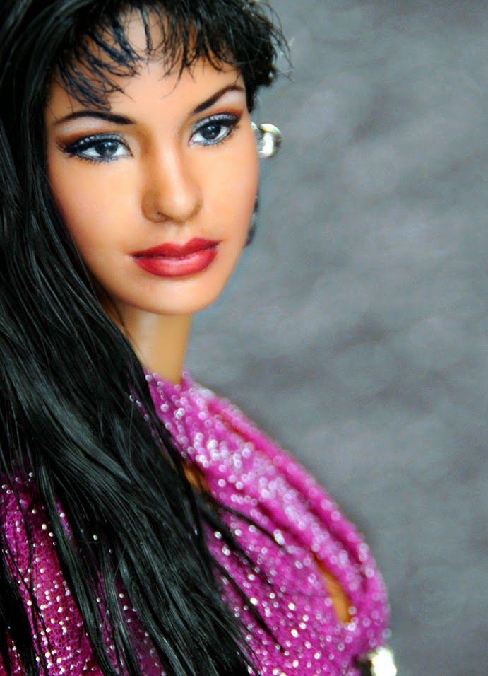 Noel Cruz:  Selena QuintanillaAt the precipice of internatio...