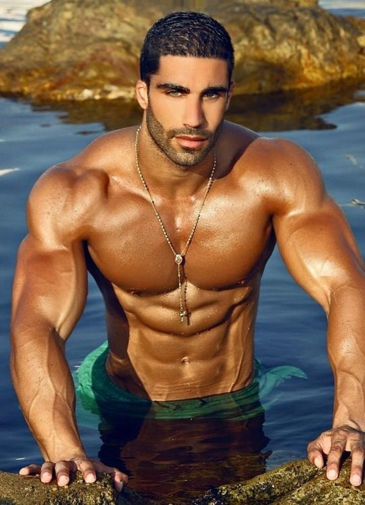 Sexy naked middle eastern men