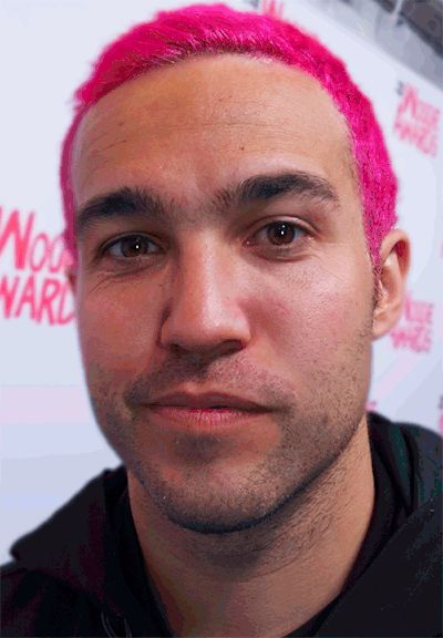pete wentz bass guitar