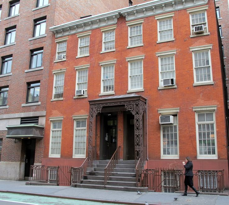 New york l louisa may alcott house 130 macdougal street for Nyc greenwich village apartments
