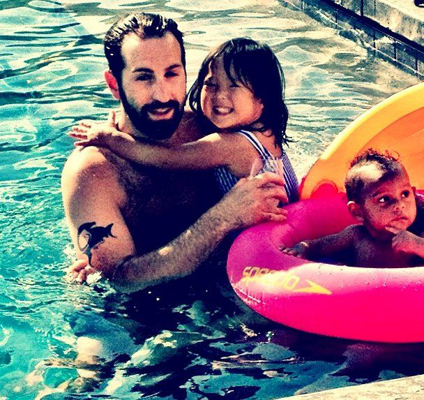 Pin for Later: The Sweetest Celebrity Dad Moments Josh Kelley With Naleigh and Adalaide Source: Instagram user katiemheigl