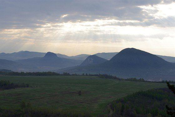 Bořeň, Želenický vrch a Zlatník ze Špičáku