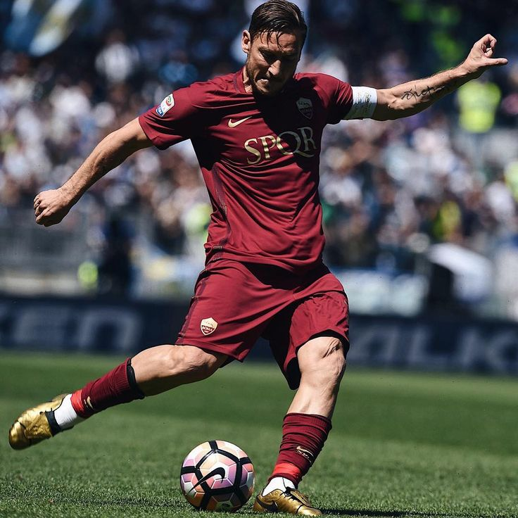 "10.6k Likes, 23 Comments - @soccerbible on Instagram: ""2️⃣5️⃣ #soccerbible #totti #roma"""