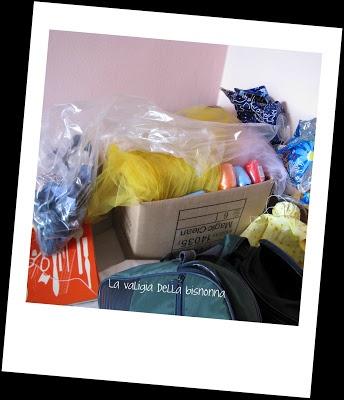 La valigia della bisnonna: MY DESK IS A MESS!!