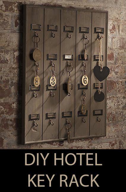 DIY Wall Mounted Wooden Hotel Key Rack: Inspiration Keys, Vintage Keys, Keys Racks, Hotels Inspiration, Hotels Keys, Key Holders, Keyrack, Keys Holders, Diy
