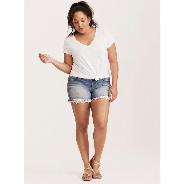 Torrid The Girlfriend Tee ($20) ❤ liked on Polyvore featuring tops, t-shirts, womens plus tees, plus size womens tees, women's plus size graphic tees, torrid tops and plus size t shirts