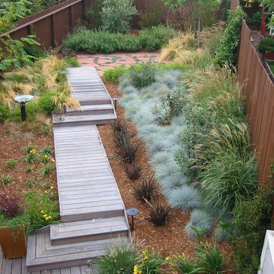 Wood Deck Entry Design by Arterra LLP Landscape Architects