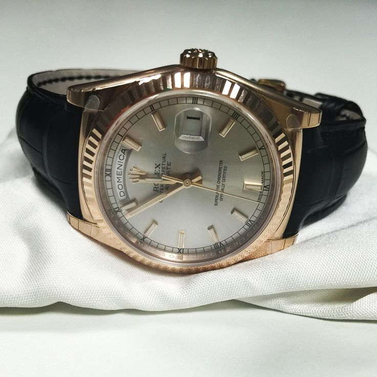 118135 Rolex DayDate Pink Gold leather
