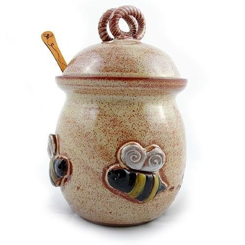 Honey-Pot-Pottery-Bee-20-ounce-Stoneware-Jar-with-Cherry-Wood-Honey-Stick-New