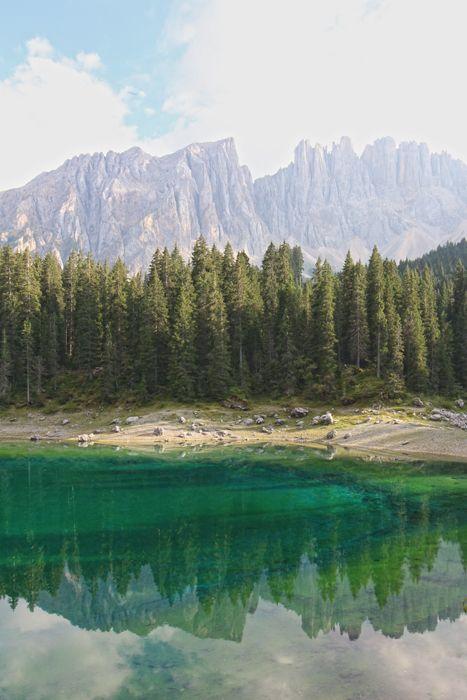 Karersee in Südtirol, Dolomiten (Lago di Carezza, Alto Adige / South Tyrol)