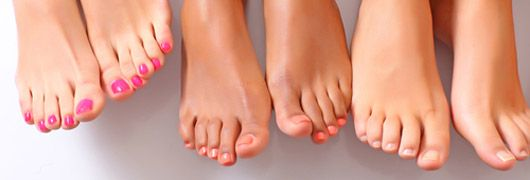 Fußnägel richtig lackieren