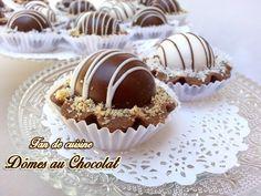 salam Alaykom, Voila un autre gâteau pour l'aid très savoureux surtout pour les amoureux du chocolat , c'est des petits dômes amandes/caramel couvert de chocolat, sur un fond de tarte croustillant, de véritable petite douceur !!! Ingrédients: pour 20...