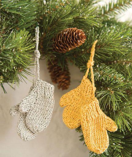 Mitten Ornaments http://www.redheart.com/free-patterns/mitten-ornaments-0