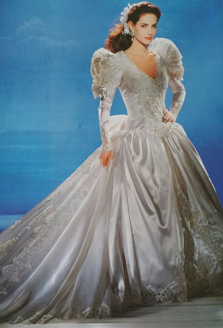 321 best Vintage Bridal Gowns images on Pinterest | Retro weddings ...