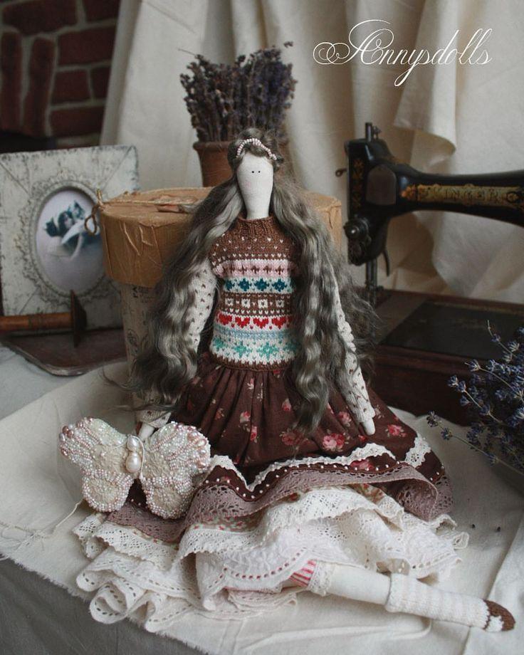 "87 Me gusta, 4 comentarios - Anna Yakushenko (@annysdolls) en Instagram: ""Эмили Роуз в наличии ❤️❤️❤️ 4900₽, пересылка в подарок 🎁 #flyflybutterfly #тильда #вязание…"""