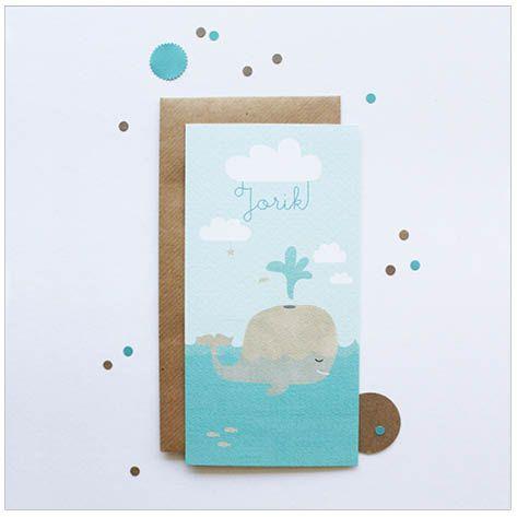 www.hetuilennestje.nl geboortekaartje Jorik: zee, walvis, blauw, groen, water, vis, wolken, natuur, jongen, zoon, broertje, illustratie. illustratief, walvis/ walvissen/ walvisje.