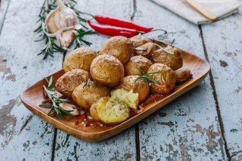 Brambory nemusí být nudné – vyzkoušejte naše netradiční recepty z brambor
