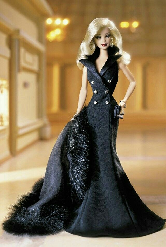 This is very beautiful dress. And her make-up is very good. #barbie