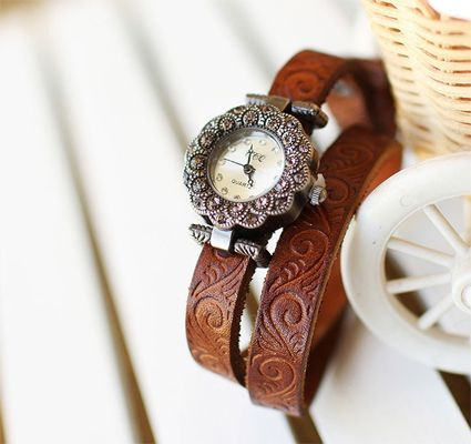 Brown Bing Bezel Set Crystal Leather Quartz women wristwatches