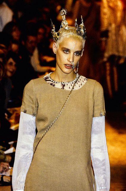 Jean Paul Gaultier, Look #87 #jeanpaulgaultier #fashionshow #fashion #runway #catwalk #models #style #styling #fashionista