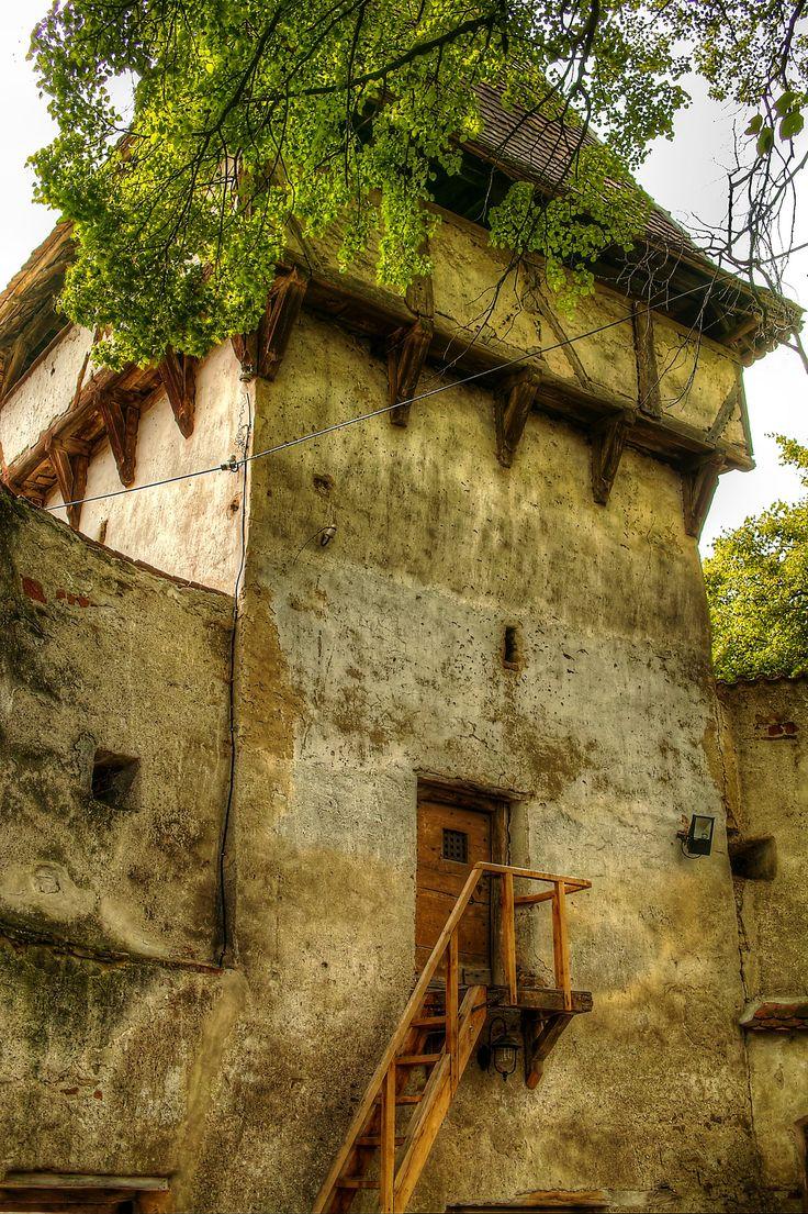 https://flic.kr/p/uKu3uC   Biserica fortificata Cincsor