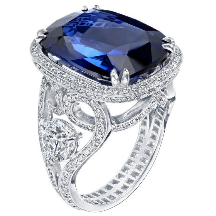 Faraone ~ One-of-a-kind white gold ring with a 6.64cts Royal sapphire and diamonds