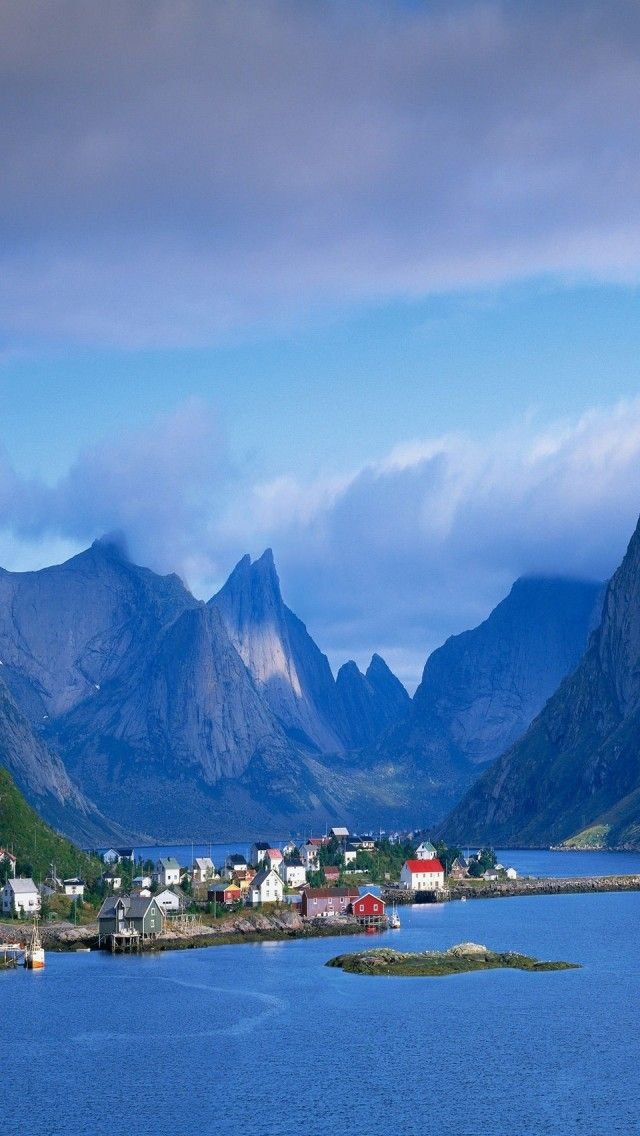 Gudvangen, Norway | UFOREA.org | Travel with heart.