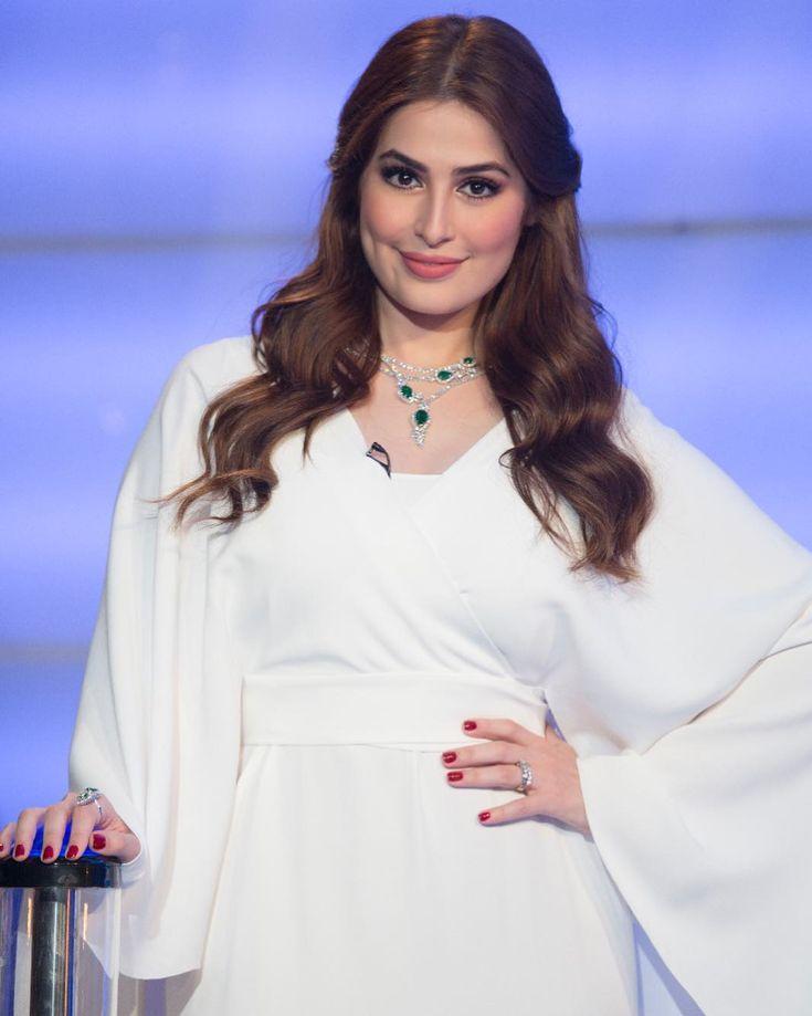 Albertaferretti Uaemakeupart Dubaitv Roaa Alsabban Rafifazaa Yerikd Samrajewellery Anchassysmile Dresses Women Long Sleeve Blouse