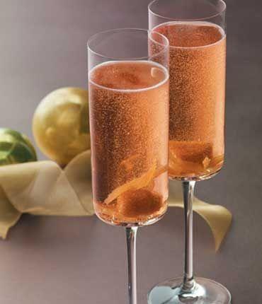 Ingredients  GREY GOOSE® La Poire 2 Parts Ginger Liqueur ½ Parts Simple Syrup 1 Part Fresh Lemon Juice 1 Part