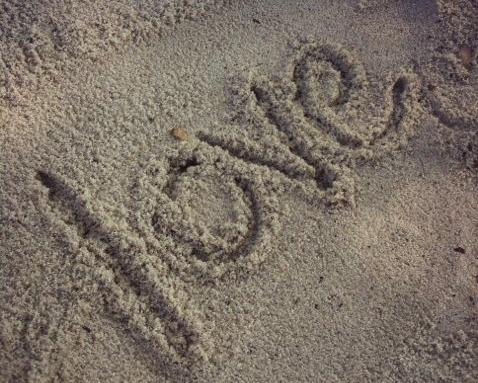 """Love Assumes the Best"" on A Deeper Story.: John 133435"