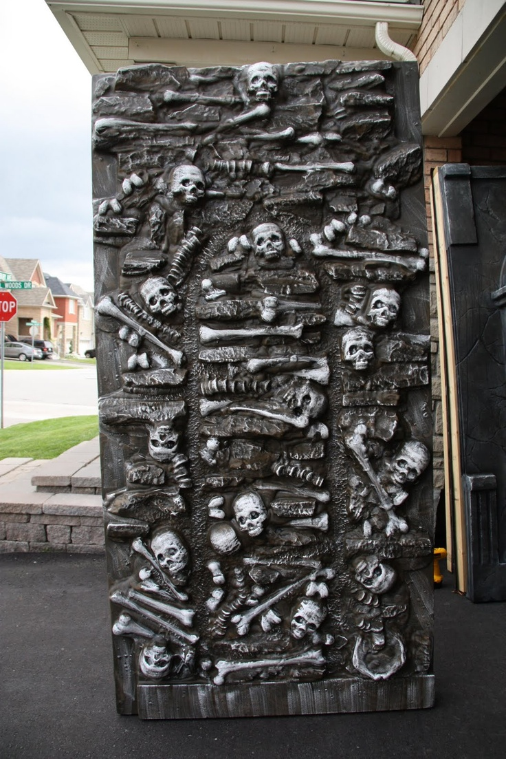 41 best haunted house walls and entrances images on for Diy haunted house walls