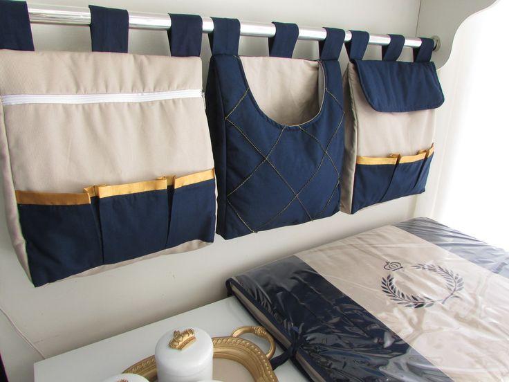 Porta fralda é uma peça linda pode ser fabricada combinando com o kit do berço Porta fralda 3 peças Tecido:fustão colegial 100% algodão Medidas:30cm largura x 40 de altura x 10cm de profundidade cada.